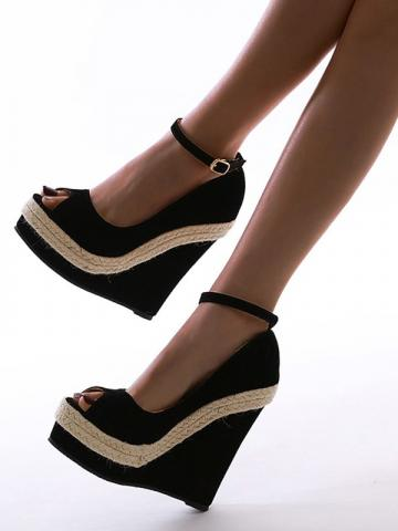 Shoespie Trendy Chunky Heel Buckle Peep Toe Western Thin Shoes